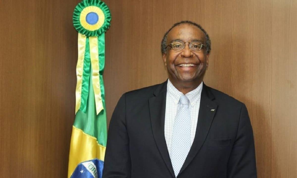 Carlos Alberto Decotelli da Silva - Ministro da Educação - Currículo
