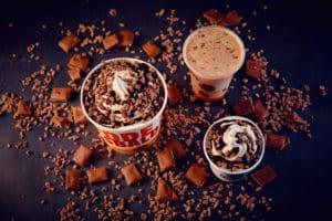 Burger King lança linha de sobremesas com Lacta Diamante Negro.