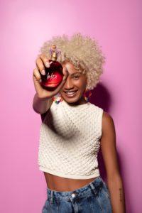The Body Shop aposta em repaginação da fragrância Lolita.