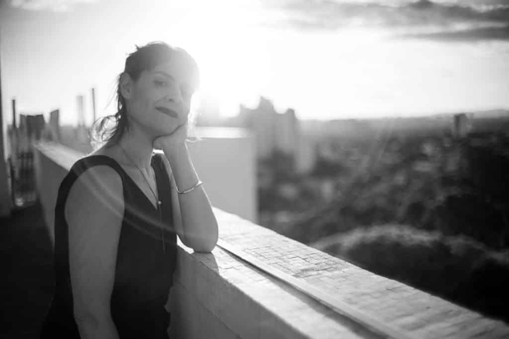 Zohar anuncia Joana Prado como nova diretora de cena.