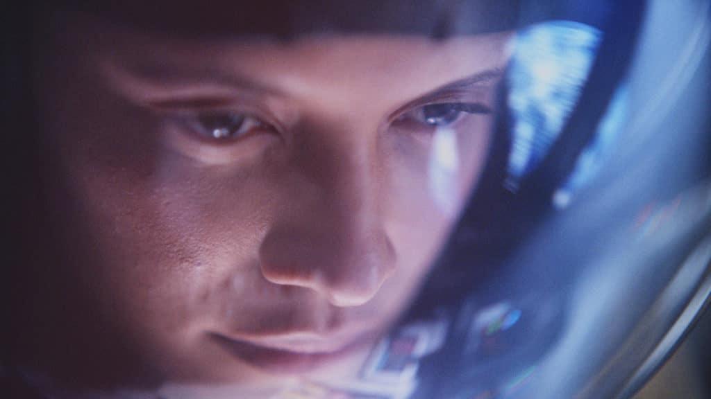 Johnnie Walker traz olhar de um astronauta em filme de comemoração aos 200 anos da marca.