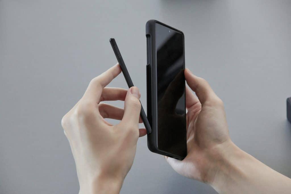 Galaxy S21 Ultra é compatível com S Pen