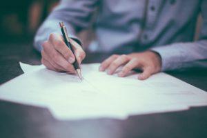 Como os Contratos Podem Facilitar o Dia a Dia Empresarial, por Mônica Villani