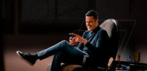 Goleiro Julio Cesar é embaixador da InvestSmart
