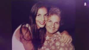 Ivete Sangalo em homenagem ao Dia das Mães