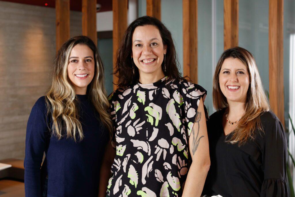 Paula Salvarani e Carolina Aguiar chegam à DPZ&T como diretoras de atendimento.