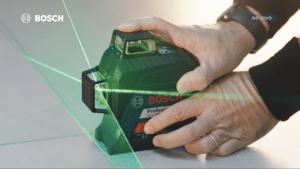 A Iris Worldwide São Paulo lança campanha de ferramentas de medição da Bosch inspirada no VAR, sistema eletrônico utilizado no futebol.