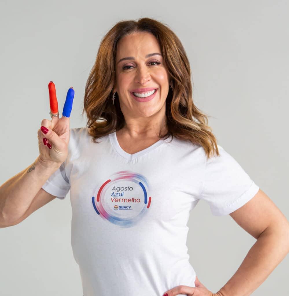 """Idealizada pela SBACV, a campanha """"Azul e Vermelho"""" visa conscientizar a população sobre a importância dos cuidados vasculares."""