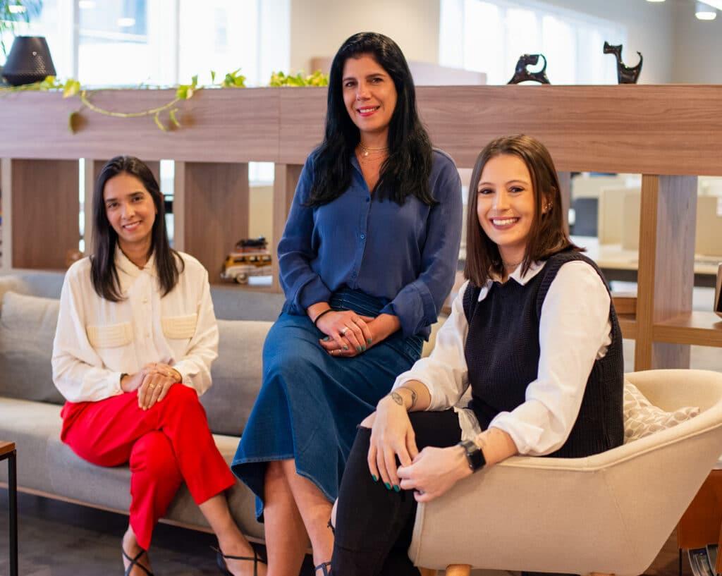 Foto Spark New Business - da esquerda para a direita: Kika Santos, Ana Baraldi e Fernanda Sepulbeda