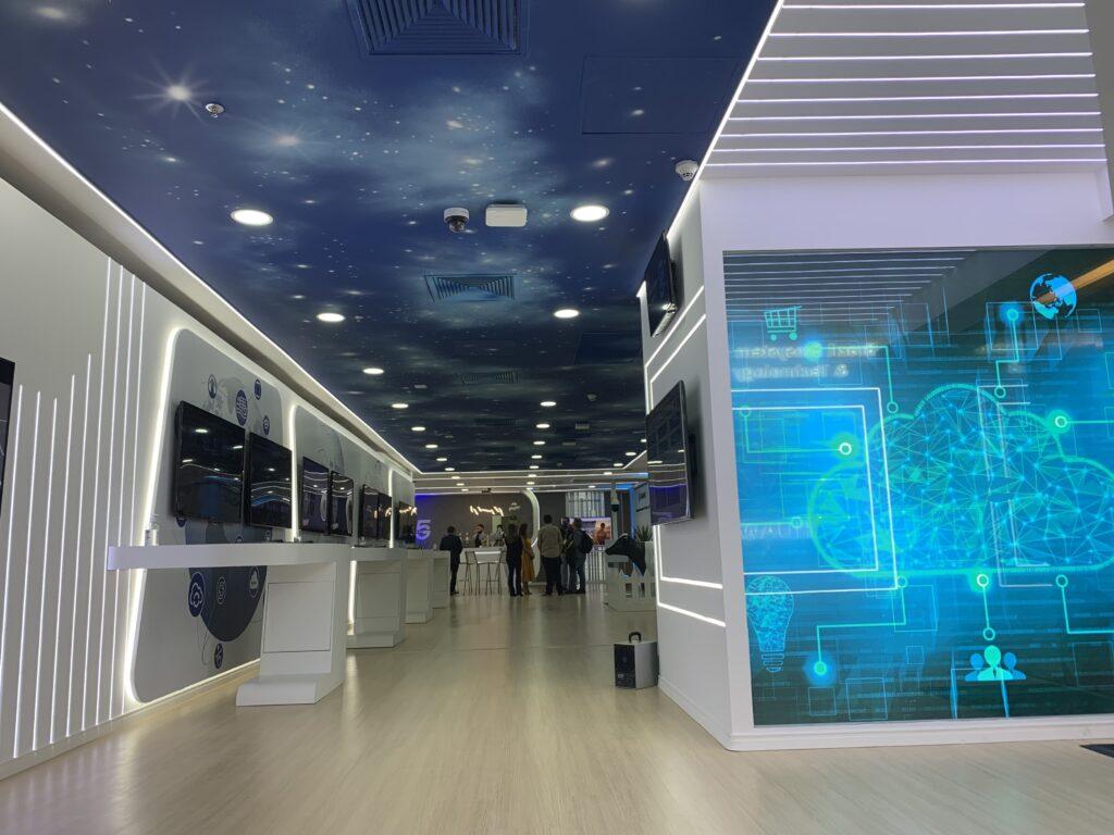 A Huawei inaugura o Ecosystem Innovation Technology Center, primeiro Centro de Inovação para experimentação de 5G e IA de São Paulo.
