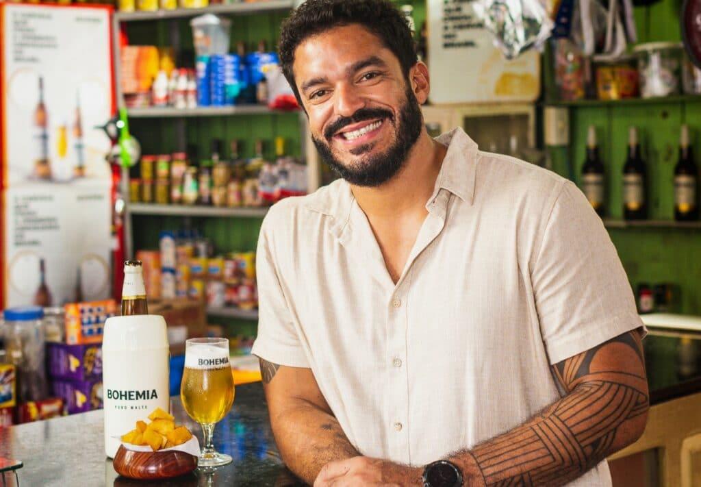 """Pensando em valorizar as tradições paraenses, Bohemia lança websérie de oito episódios """"Do Boteco à Baiuca"""", com o chef Thiago Castanho."""
