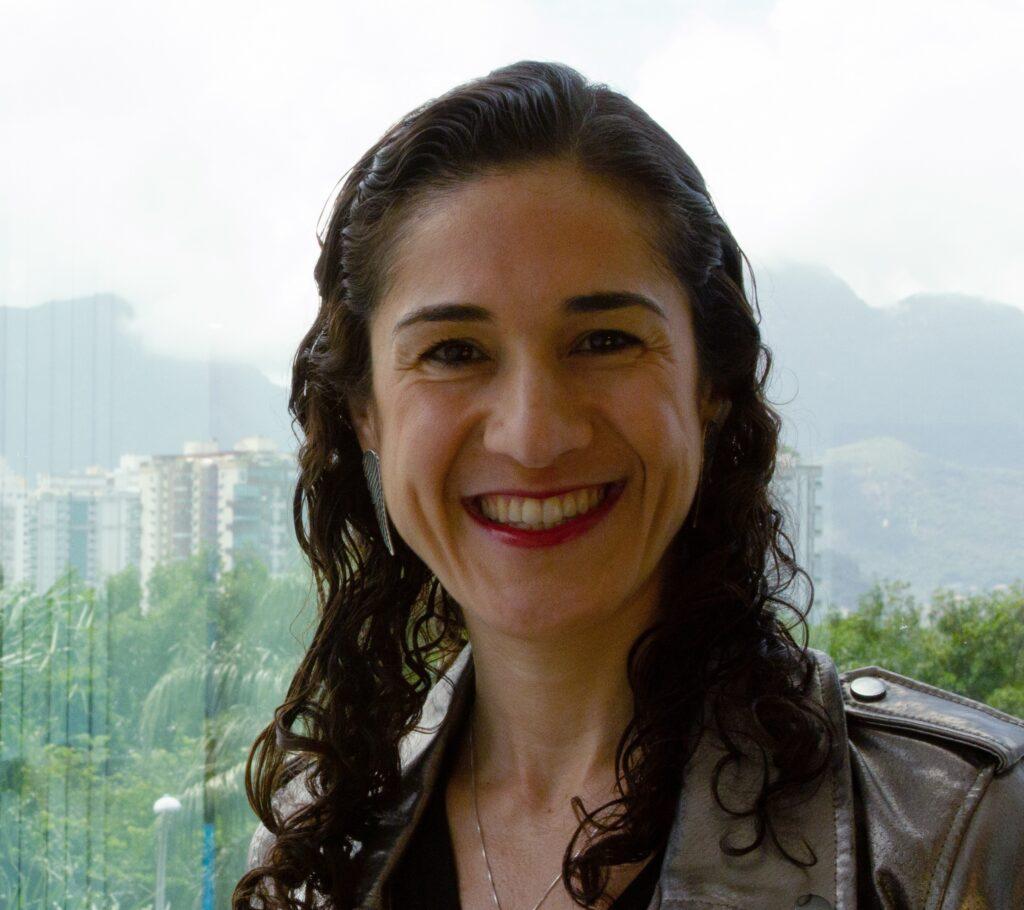 O Rock in Rio recebe, como Diretora de Marketing, Ana Deccache como Diretora de Marketing, que também assume a posição do The Town.