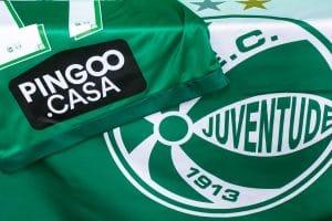 O Esporte Clube Juventude contará, nas duas próximas rodadas da Série A do Campeonato Brasileiro, com o patrocínio da Pingoo.Casa.