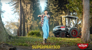 Campanha 'Super Prático' une as marcas Nissin Lámen e Cup Noodles.