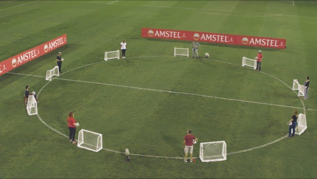Amstel reúne fãs da Libertadores para reflexão sobre estereótipos no futebol.