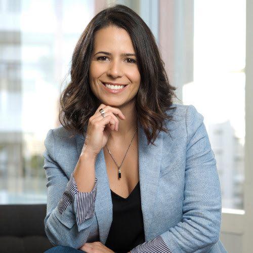 """Maíra Gracini acaba de ser anunciada como Embaixadora do projeto """"Meu caminho até a cadeira número 1"""", idealizado pela executiva Rachel Maia."""